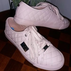 Guess blush quilted low sneaker